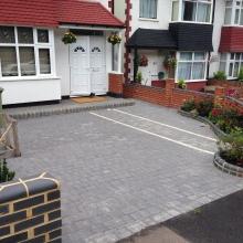 Block Driveway - Roding Lane North 7